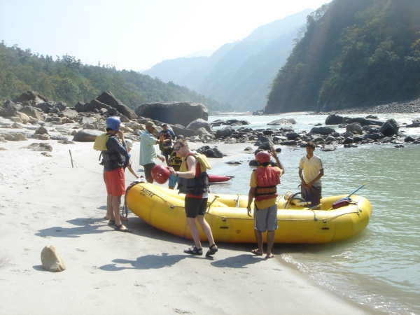 Getting ready for Rafting